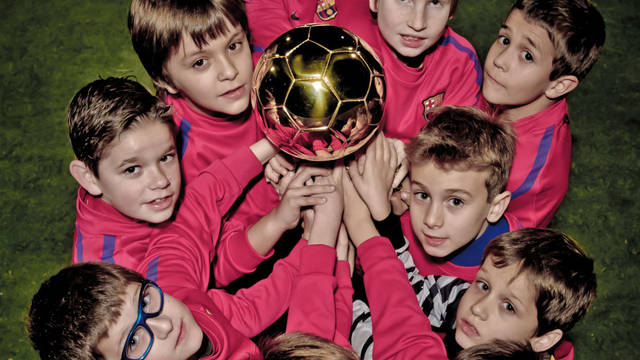Revista Barça cover with the youth soccer (February and March 2011)