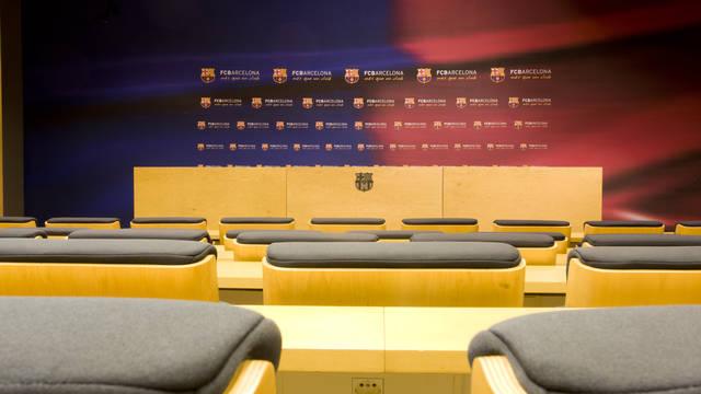 Imagen del interior de la sala de prensa del Camp Nou