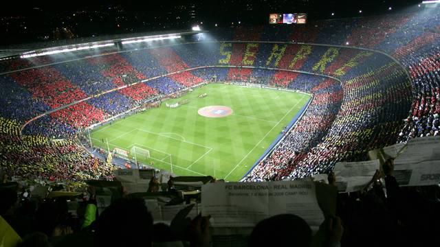 الكامب نو  FCBarcelona_6_.v1312288446