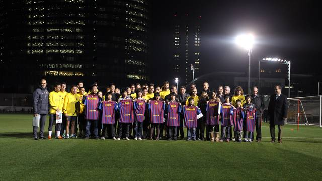 Photo with the children affected by Fukushima / PHOTO: MIGUEL RUIZ - FCB