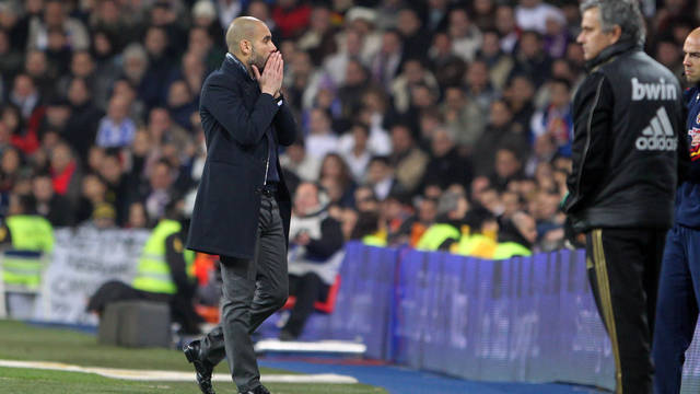 Guardiola during the match at the Bernabéu / PHOTO: MIGUEL RUIZ - FCB