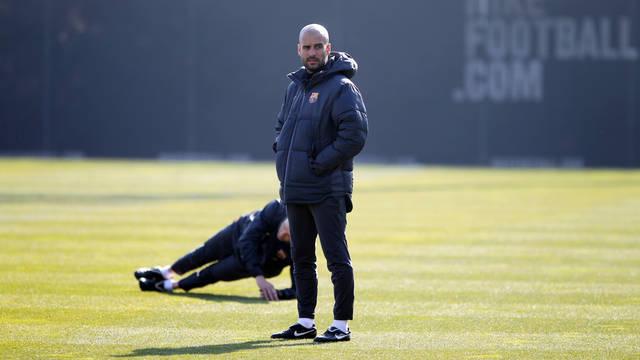 بالصور برشلونة الحصة التدريبية الأخيرة مواجهة فالنسيا