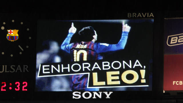 The screen at the Camp Nou when Messi broke Csar's record. PHOTO: MIGUEL RUIZ-FCB.
