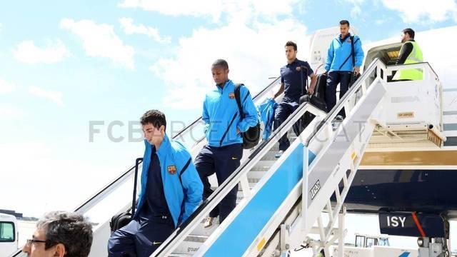 ▐★● صور وصول وفد نادي برشلونة إلى كتالونيا ●★ ▐ 2012-04-19_VIAJE_08-