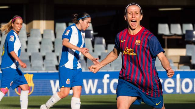 Sonia celebrating one of her three goals against Espanyol / PHOTO: GERMAN PARGA