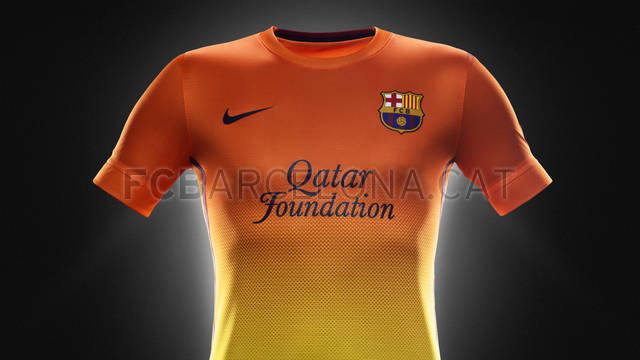 Fa12_PR_Authentic_Barca_A_Jersey_R_original