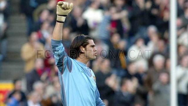 Valdés, deu anys sota els pals del Camp Nou