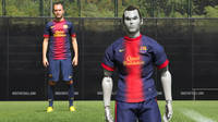 Andrés Iniesta and his puppet. / Photo: www.nikeinc.com