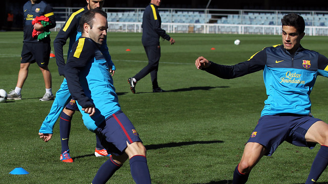 Iniesta and Bartra / PHOTO: MIGUEL RUIZ - FCB