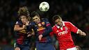 Puyol i Villa intenten rematar una pilota amb el cap / FOTO: MIGUEL RUIZ - FCB