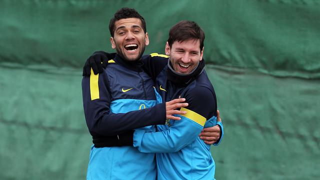 Alves i Messi, durant un entrenament / FOTO: MIGUEL RUIZ-FCB