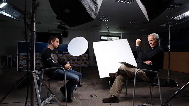 Xavi, en la gravació del reportatge de la CBS. FOTO: MIGUEL RUIZ-FCB.