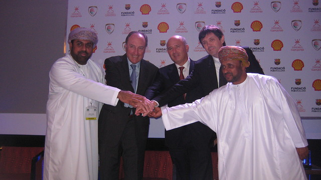 Ramon Pont and Ramon Cierco together with Shell and Oman government representatives.