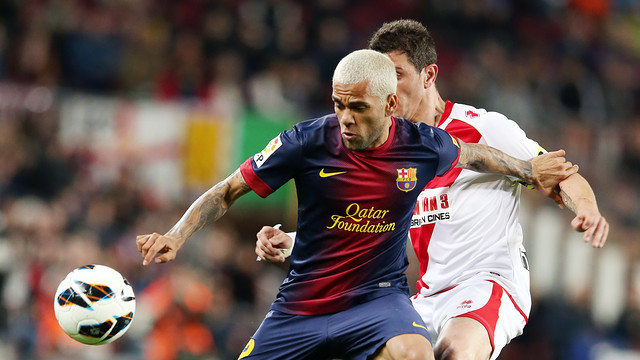 Alves Showed Off His New Haircut At The Camp Nou PHOTO MIGUEL RUIZ