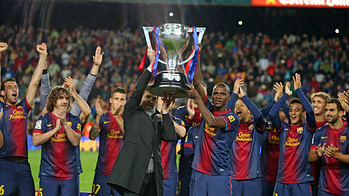 Vilanova i Abidal aixequen la Lliga / FOTO: MIGUEL RUIZ-FCB