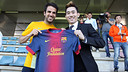 Cesc Fàbregas, with Champ Ded Keela / PHOTO: MIGUEL RUIZ - FCB