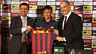 Josep Maria Bartomeu, Neymar y Andoni Zubizarreta, en la rueda de prensa de presentación del jugador