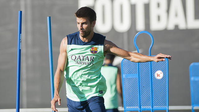 Piqué training on Tuesday evening. PHOTO: VÍCTOR SALGADO-FCB.