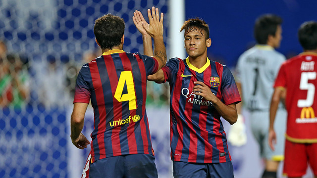 Neymar and Cesc in Thailand. PHOTO: MIGUEL RUIZ-FCB.