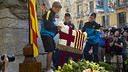 The floral tribute to Rafael Casanova is an annual tradition, shown here in 2012 / PHOTO: ÁRXIU FCB
