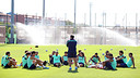 The players listening to Tata Martino / PHOTO: MIGUEL RUIZ - FCB