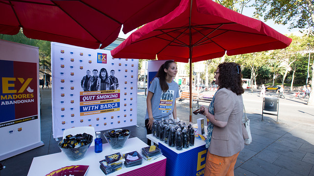 A 'Quit Smoking with Barça' booth / PHOTO: FCB