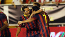 The players celebrate one fo the four goals last night / PHOTO: MIGUEL RUIZ - FCB