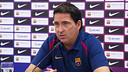 Xavi Pascual atendiendo a los medios / FOTO: VICTOR SALGADO-FCB