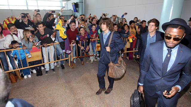 Puyol, Song i Sergi Roberto, en l'arribada a Vigo / FOTO: MIGUEL RUIZ-FCB