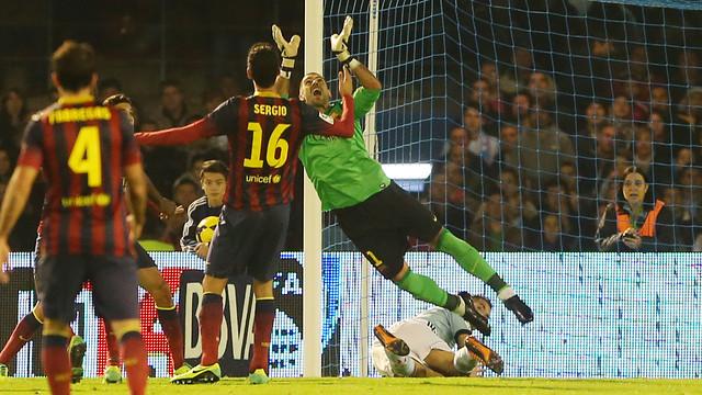 Valdés, durante el partido en Balaídos / FOTO: MIGUEL RUIZ-FCB