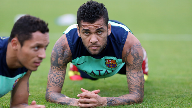 Dani Alves during training / PHOTO: ARCHIVE FCB