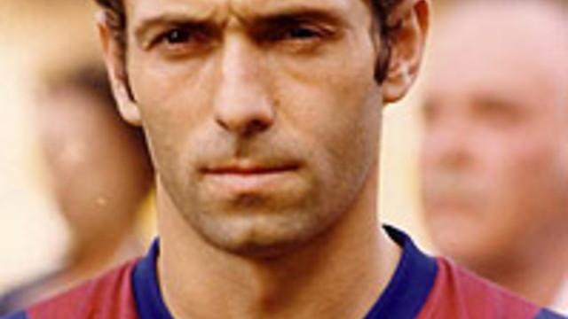 Foto de carnet de Quini con la camiseta del FC Barcelona