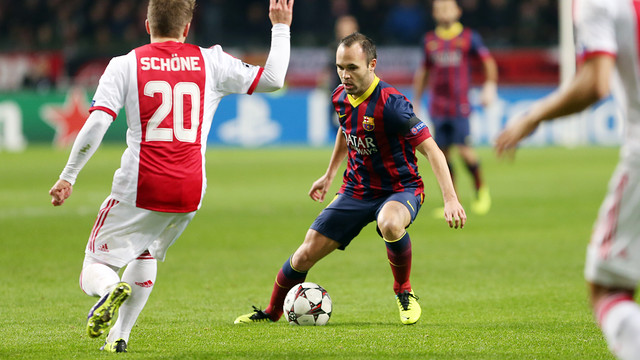 Iniesta during the match. PHOTO: MIGUEL RUIZ – FCB