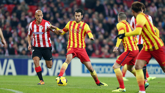 Busquets controls the ball under pressure from Mikel Rico, whilst Iniesta and Neymar look on/ PHOTO: MIGUEL RUÍZ - FCB