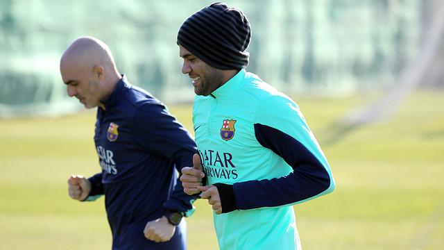 Alves ha començat a fer treball de camp. FOTO: MIGUEL RUIZ-FCB.