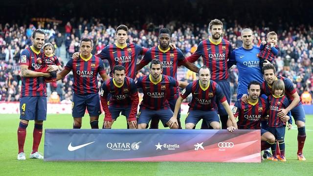 Foto de l'onze inicial abans del partit contra l'Elx / FOTO: MIGUEL RUIZ - FCB