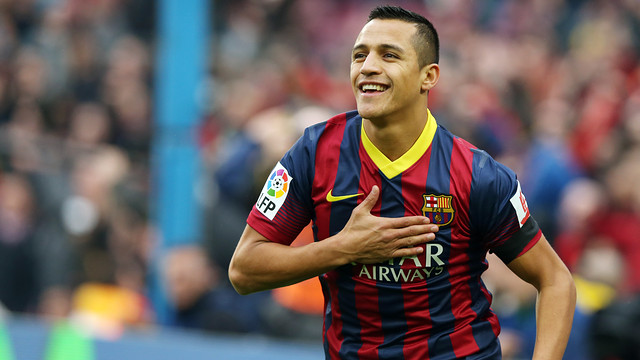 Alexis Sánchez celebrando el gol que le marcó al Valencia