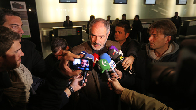 Zubizarreta with the media before the trip to Madrid / PHOTO: MIGUEL RUIZ - FCB