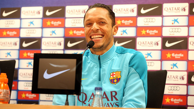 Adriano Correia spoke to the press on Friday morning / PHOTO: MIGUEL RUIZ - FCB