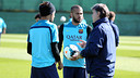 Alves and Neymar are back under Martino's orders. PHOTO: MIGUEL RUIZ - FCB