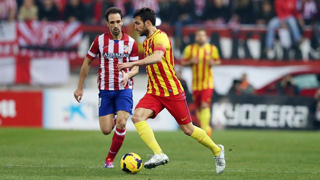 Cesc beating a man at the Calderon