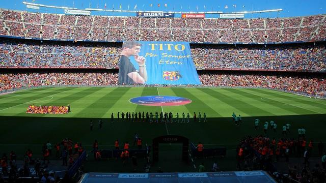 El 'tifo' que s'ha desplegat al Camp Nou. FOTO: MARTA BECERRA - FCB