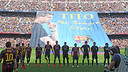 The players, with Tito in the background/ PHOTO: MIGUEL RUIZ-FCB
