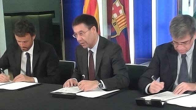 Luis Enrique signs contract