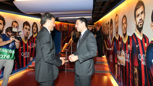 Luis Enrique and Bartomeu at the Camp Nou / PHOTO: MIGUEL RUIZ-FCB