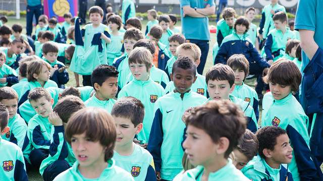 Children at one of the FCBEscolas