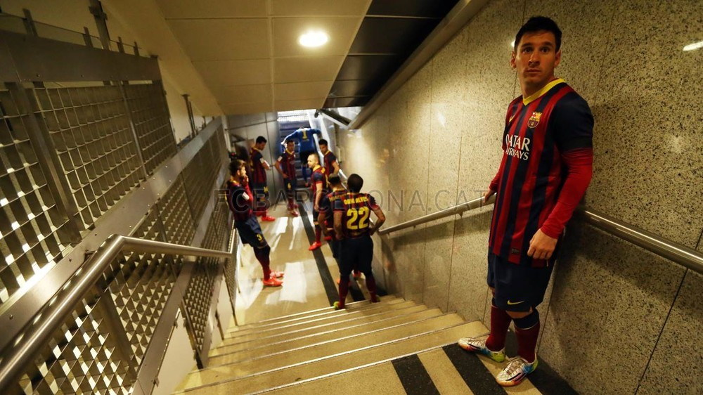 Palyers in the tunnel at the Bernabéu