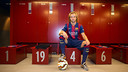 Ivan Rakitic, with the number 4 in the Camp Nou dressing room / PHOTO: VÍCTOR SALGADO - FCB