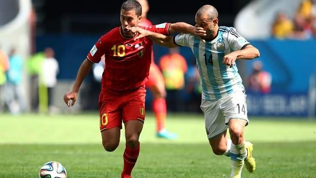 Mascherano and Hazard / PHOTO: FIFA.COM