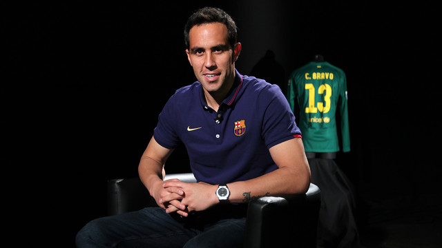 Claudio Bravo was speaking to Barça TV / PHOTO: MIGUEL RUIZ-FCB